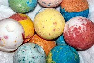 Fizzy Bath Bombs